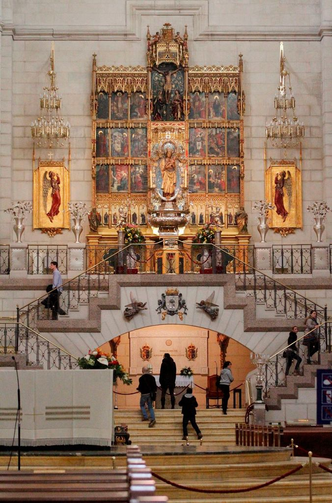 Art and Liturgy - Altar of the Virgin of Almudena - Madrid Cathedral