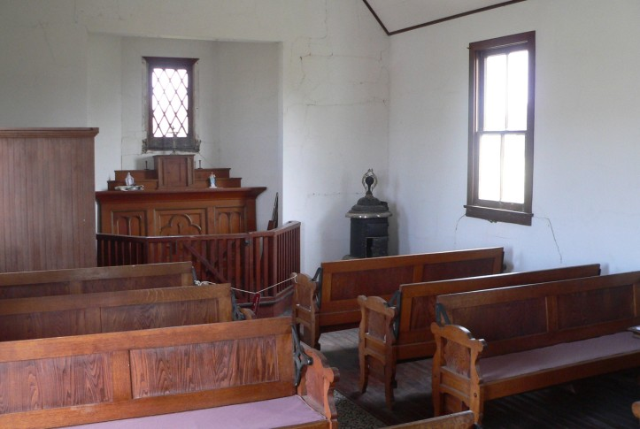 Art ad Liturgy - Dual church in Keystone Nebraska - Catholic altar end.JPG