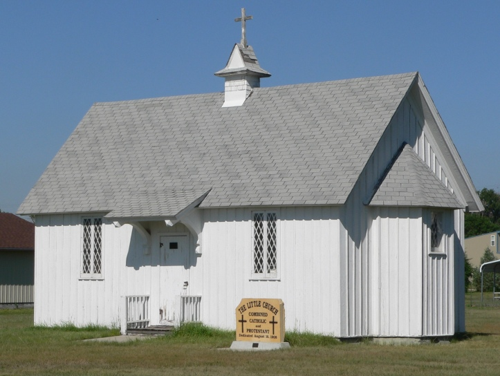 Art and Liturgy - Little Church at Keystone, Nebraska - dual church Catholic and Protestant