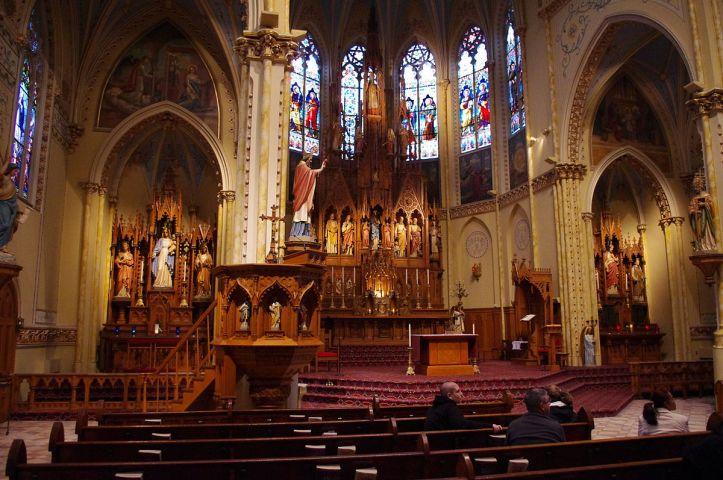 Art and Liturgy - Shrine of Saint Stanislaus Cleveland Ohio