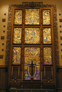 Art and Liturgy - Willet Hauser Sculptured Gold Stained Glass Window - Myers Park Presbyterian Church North Carolina