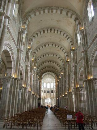 Art and Liturgy - Abbey of Saint Mary Magdalen Vezelay France Romanesque Interior