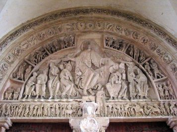 Christ in Majesty at the Last Judgment in Vezelay, France - Photo by Jean-Pol GRANDMONT - Own work, CC BY 3.0, https://commons.wikimedia.org/w/index.php?curid=6355630