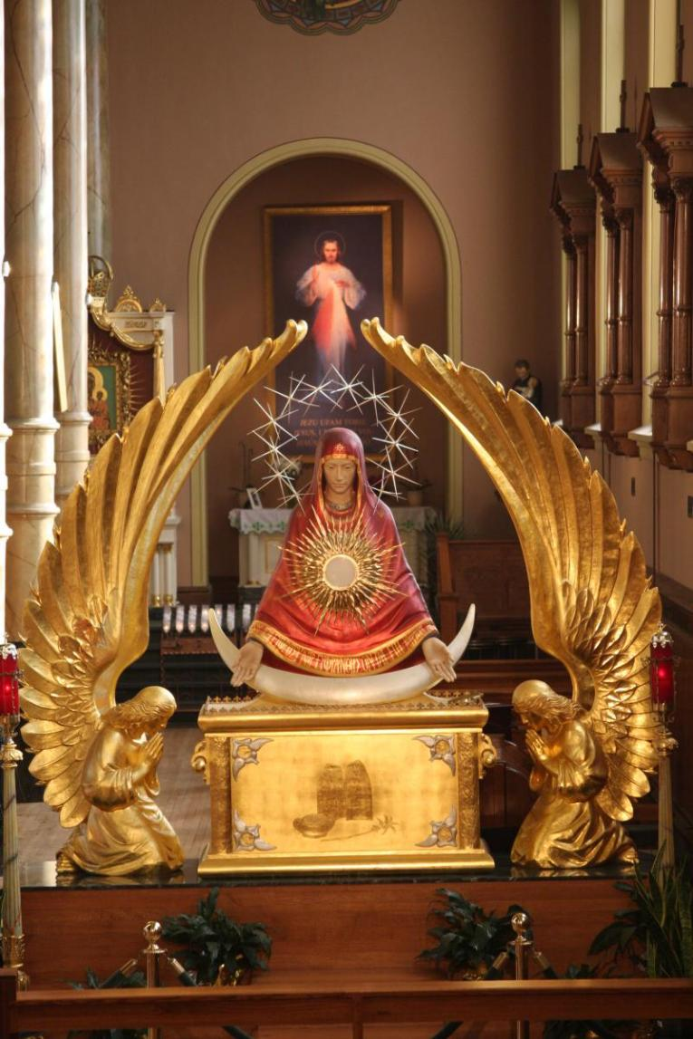 Art and Liturgy - Monstrance of Our Lady of the Sign - Seat of Mercy - St Stanislaus Kostka - Chicago Illinois