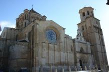 Art and Liturgy - Romanesque basilica