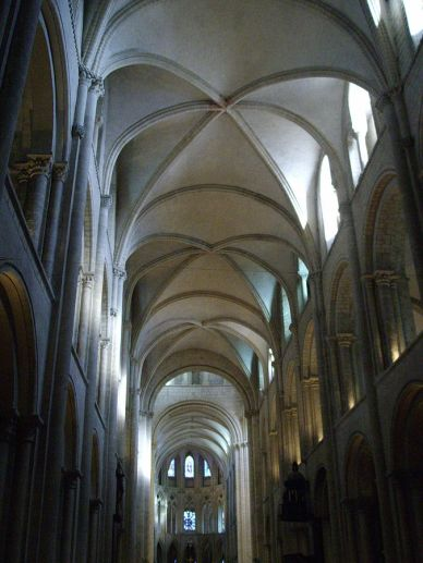 """Saint-Etienne in Caen, France. The """"ribbed vaults"""" are made from criss-crossed circular arches."""