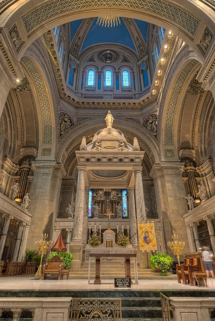 art-and-liturgy-basilica-of-st-mary-minneapolis-sanctuary-and-altar