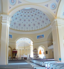 Baltimore Basilica. Interior vista. Photo kindly provided by Colter Sikora of Roamin' Catholic Churches.