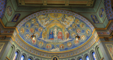Holy Family Church (Dayton, OH). Apse mural. Photo is a screenshot from the virtual tour on parish website.