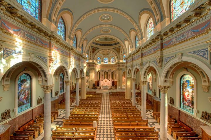 Cathedral of St. Patrick (Harrisburg, PA). Interior vista. Photo by Bestbudbrian - Own work, CC BY-SA 3.0, Link