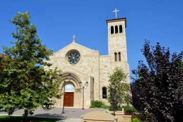 Our Savior Parish/Caruso Catholic Center at USC (Pasadena, CA). Façade. Photo by Guillermo Luna, provided by parish.